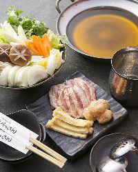 店長イチオシの鍋コースは、出汁、味噌、すき焼き鍋から選べます