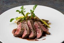 【漢方和牛料理】漢方を使った飼料で育てた宮城県産和牛。