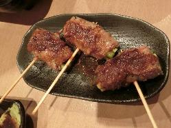 バリエーション豊富な串料理は120円(税抜)~
