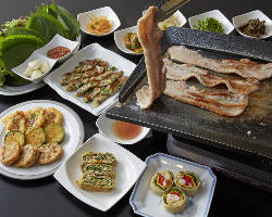 サムギョプサル食べ放題コースは2,500円!