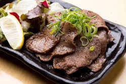 ガッツリ食べたいあなたに!お肉料理各種