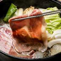 関東風のあっさりした割り下だから、イブ美豚の旨味が引き立つ