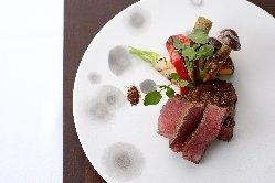 きめ細かく柔らかい肉質、繊細で芳醇な味わいの京都牛