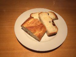 DONQ直営レストランなので、焼きたてのパンは自信あり!
