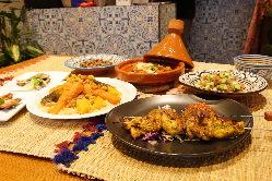 グループでのお食事にピッタリなコース料理でモロッコ料理を満喫