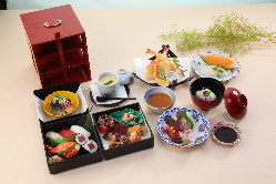 四季折々の味わいを華やかな日本料理で