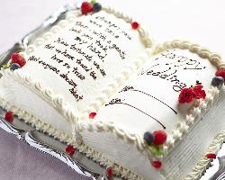 専属パティシエの作るケーキは女性に大人気♪