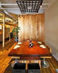 〈憩いの和室〉 使い勝手の良いテーブル席多数!昼宴会にもぜひ
