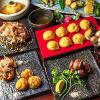 たこ焼きやお好み焼き、ステーキや創作鉄板料理も楽しめるコース