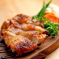 鹿児島県産さつま鶏を使用した旨味とコクが詰まったソテー。