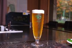 鉄板焼きと共に味わい深いビールをどうぞ!