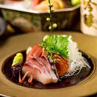 各種宴会に大好評!高級食材の海鮮料理をご賞味あれ!