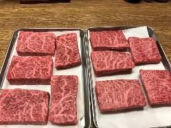 黒毛和牛のイチボステーキです!お肉大好きな方ご予約ください