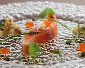 前菜の定番であるサーモンは、産地や鮮度にもこだわる徹底ぶり。