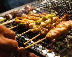 新鮮な朝引き地鶏を使用◆焼鳥は120円(税抜)~!!