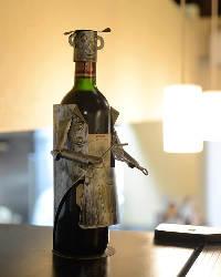 ワインも豊富に取り揃えてございます。