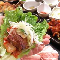 梅田で話題の肉・牡蠣専門店★