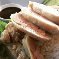 タイ料理定番、自慢の「カオマンガイ」