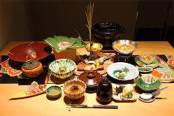 四季折々の旬食材を使用した京料理をコースにてご提供。