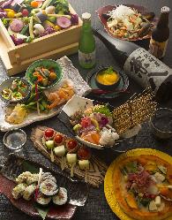 旬の食材を贅沢に使用した飲み放題付き宴会コース