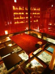 洗練されたデザイン。完全個室の和モダン空間