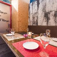 完全個室のプライベート空間は デートや女子会などにも最適。