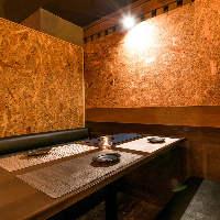 和テイストの落ち着きある雰囲気店内でお食事やお話を。