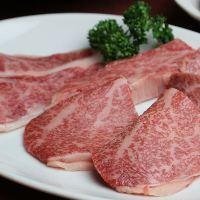 大和牛を中心に選りすぐりの黒毛和牛による極上の焼肉をご提供