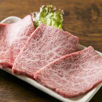 九州から取り寄せる厳選黒毛和牛は口の中でとろける美味しさ♪