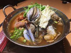 *:カムジャタン:* ピリ辛スープに野菜たっぷり!熱々をどうぞ♪