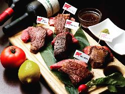 こだわりの肉はお好きなg数で、好きな量だけ♪
