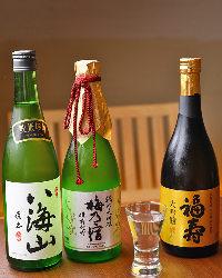 厳選の日本酒・地酒はお気に入りございましたらボトルでどうぞ