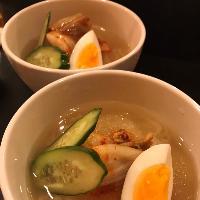当店自慢のシャリシャリ冷麺☆凍ったスープが絶妙☆