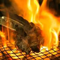 厳選食材を炭火で焼く!これが旨い☆