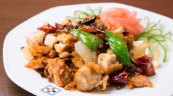 王道から、マニアックな中華料理を安心価格で!