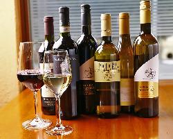 《おすすめワイン》 ボトルを皆様でシェアがオススメ◎