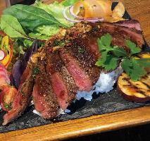 和歌山県産の獲れたて猪肉のステーキが登場
