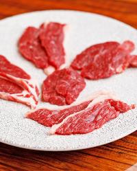 臭みゼロをお約束!国内流通量0.5%のラム肉がおすすめ◎