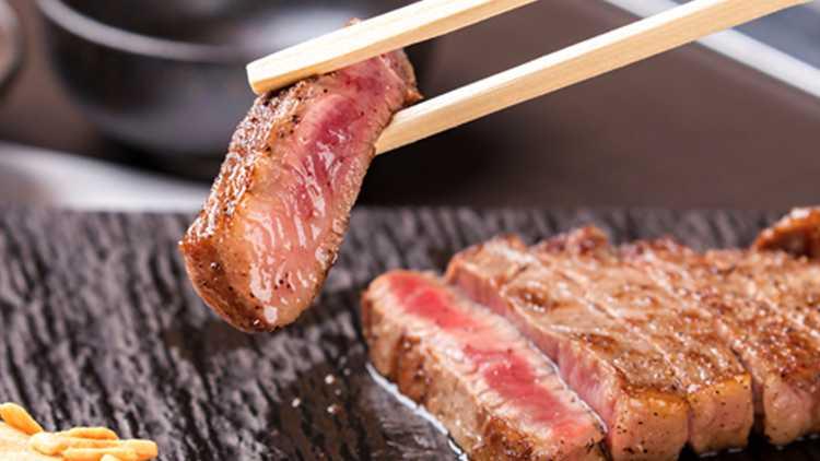 牛丼からステーキまで!!三宮でリーズナブルに楽しむ神戸牛3選