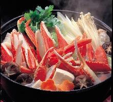 最高級の利尻昆布の出汁で、かにと野菜の旨味を存分にご堪能!