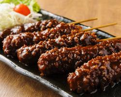 ご存知「味噌串カツ」をはじめ、名古屋めしも各種ございます。
