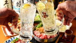 一升瓶がこの価格!いいちこ、黒霧島、金黒など各1,900円(税抜)