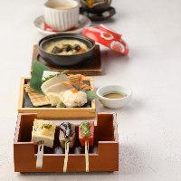 お昼は彩り豊かなお料理や老舗の伝統食材をお手軽に・・・