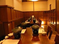 テーブル個室 8~18名様まで。 座敷個室 8名様まで。