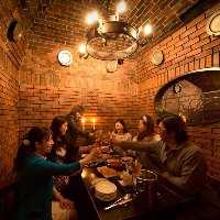 ★★営業中の写真★★ レンガ造りの中世ヨーロッパ調の個室
