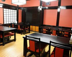 慶事・法事等にも最適なお部屋 (2階:テーブル席:~20名様)