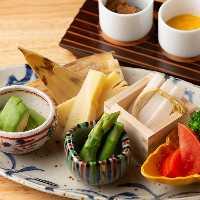 日本酒に抜群に合う発酵料理。身体に良く、美味しい品々です。