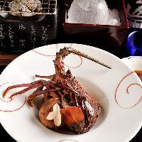 三重県ブランド「伊勢海老」は酒盗炭火焼きで濃厚な味わい