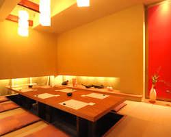 掘りごたつ座敷(4~14名様) 7名様より個室利用可。