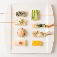 【創作串天ぷら】180円~。意外な美味しさをお楽しみください。